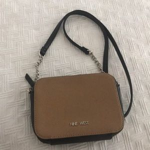 Crossover Nine West purse preowned